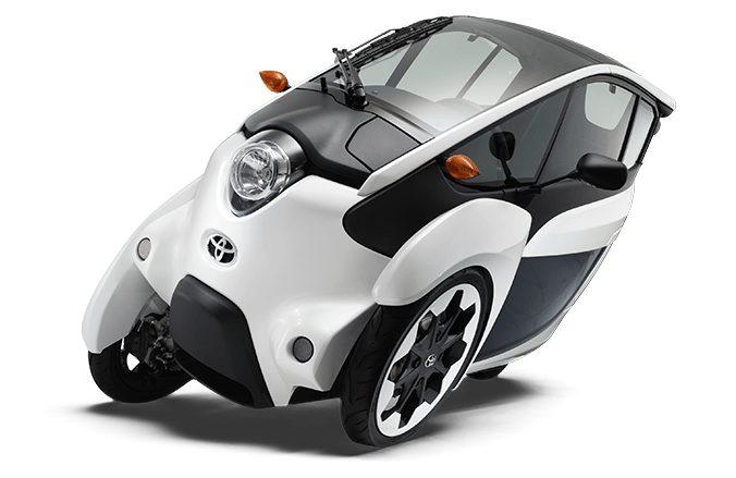 تحتوي هذه الصورة على سمة alt فارغة; اسم الملف هو Toyota-iRoad.jpg