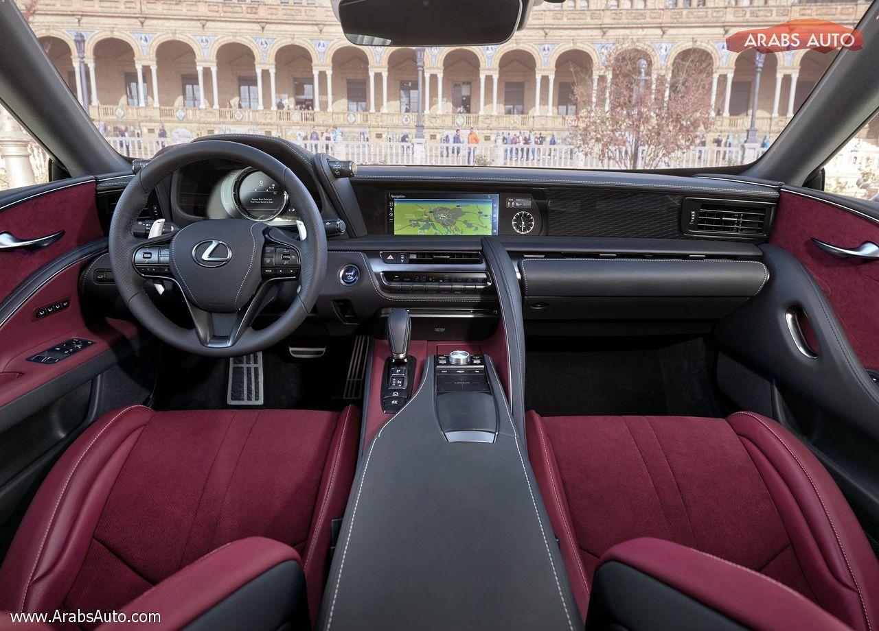 صورة لكزس ال سي 500 متاحة قريباً كطراز للعام 2018