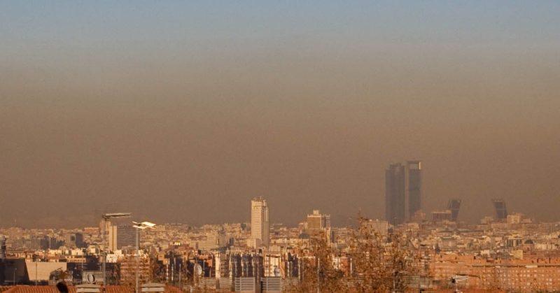 صورة مدريد تقلص حركة السيارات إلى النصف لمكافحة التلوث