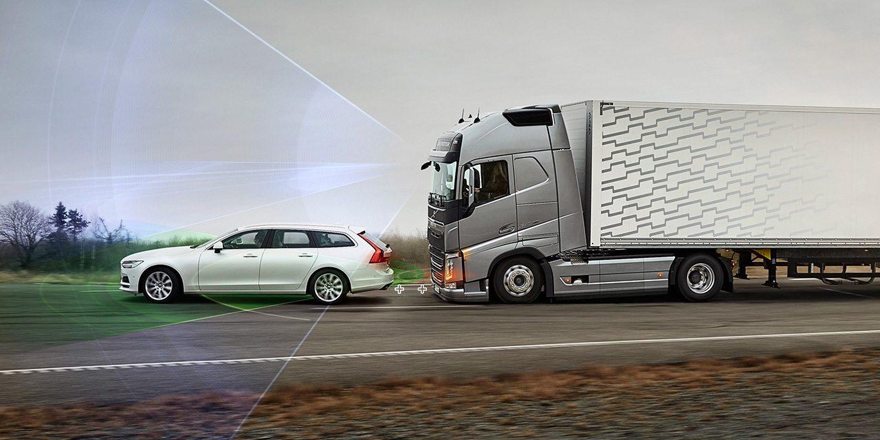 صورة إضافة جديدة لأنظمة الأمان النشطة في شاحنات فولفو