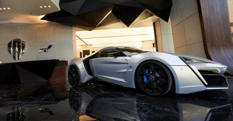 """صورة دبليو موتورز تفتح أول صالة عرض راقية لها في العالم في منطقة """"سيتي ووك"""" الفارهة في دُبي"""