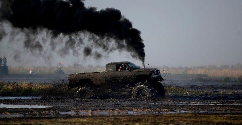 صورة الاتحاد الأوروبي يُقرُّ خفض الانبعاثات من السيارات