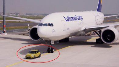 صورة سيارة ميني الكهربائية قادرة، و تستطيع سحب طائرة!