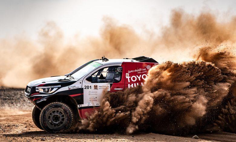 صورة يزيد الراجحي يُحقق الفوز في رالي العلا نيوم الصحراوي 2019